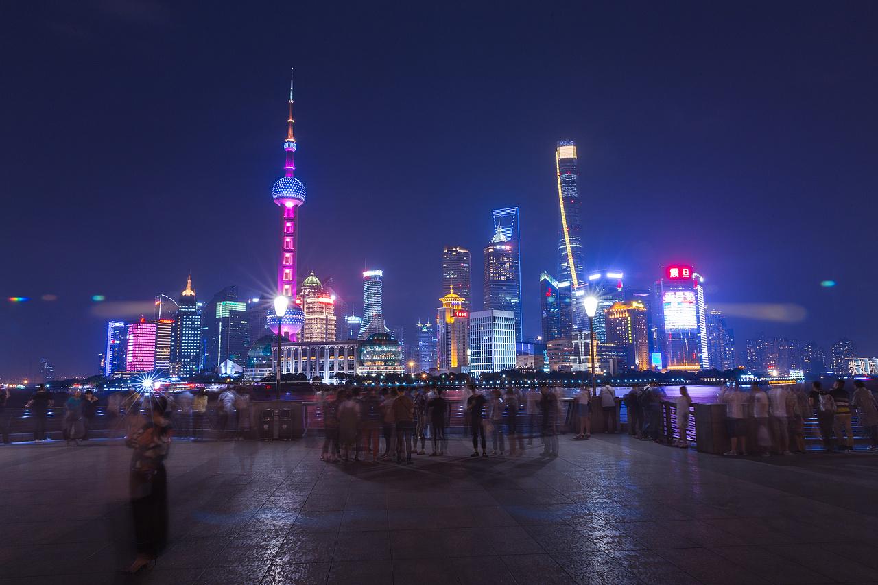 gdp上海_2019年上海、北京的经济总量与深圳、广州拉大了,那人均GDP呢?