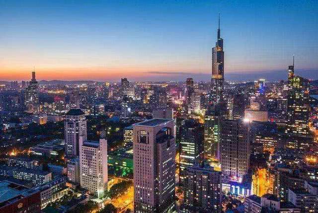亚洲人均gdp排名_中国第二小的城市,人均GDP亚洲第一,旅游业是其支柱!