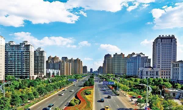 江阴gdp_人口仅90万的县级市:GDP却比部分省会还强,富裕程度超意大利