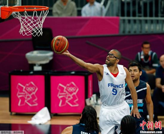 "gdp篮球_NBA组合""GDP"",无愧为最伟大三人组,只怕""后无来者""!"